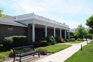 Image Gallery: The Cottages of New Lenox Statues
