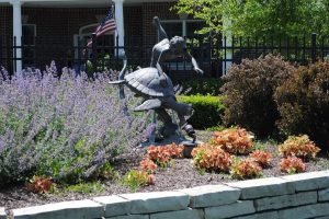 Image Gallery: The Cottages of New Lenox Statue